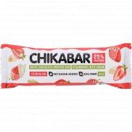 Батончик глазированный «Chikalab» с начинкой клубника со сливками, 60 г