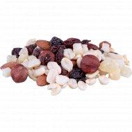 Десерт из орехов, цукатов и изюма 1 к., фасовка 0.38-0.42 кг