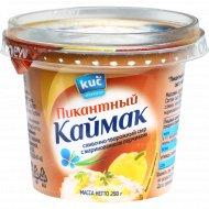 Сыр мягкий «Пикантный каймак» с маринованным перчиком 70%, 250 г.