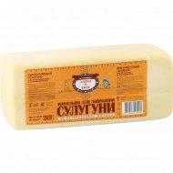 Сыр сулугуни «Басни о сыре» полутвердый, 40%, 2600 г