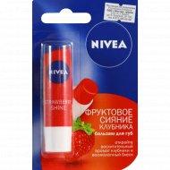 Бальзам для губ «Nivea» клубника 4.8 г /5.5 мл.