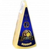Сыр твердый