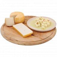 Сыр из козьего молока «Лизаветинский» 46%, 1 кг., фасовка 0.08-0.13 кг