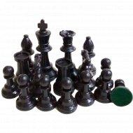 Фигуры шахматные, пластмассовые.