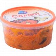 Салат «Leor» морковь пикантная c баклажанами 380 г.