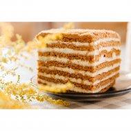 Торт медовый «Кусочек счастья» 1кг., фасовка 0.5-0.6 кг