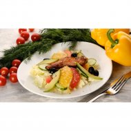 Салат с семгой и авокадо , 1/180/20 .