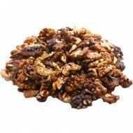 Орех грецкий очищенный, 2-сорт, 1 кг., фасовка 0.35-0.4 кг
