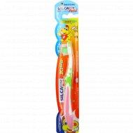 Детская зубная щетка «Silcamed Putzi Kids» мягкая.