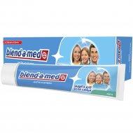 Зубная паста «Blend-a-med» анти-кариес, мята, 100 мл.