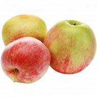 Яблоко раннее, 1 кг., фасовка 1.1-1.2 кг