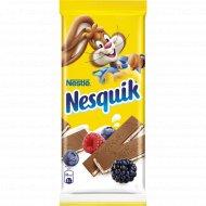 Шоколад молочный «Nesquik»с молочной начинкой, ягодами и злаками 100г.