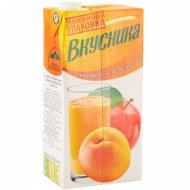 Напиток сокосодержащий «Вкусника» абрикос-персик-яблоко, 1.93 л.