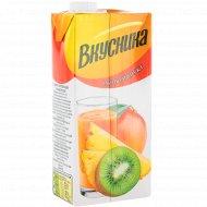 Напиток сокосодержащий «Вкусника» мультифруктовый, 0.95 л.