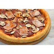 Пицца «Острая» с чили, на толстом тесте, 1/600  г.