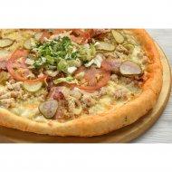 Чизбургер-пицца на толстом тесте, 1/600 г.