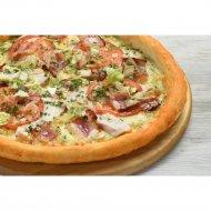 Чикенбургер пицца на толстом тесте, 1/600 г.