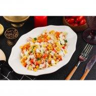 Салат из крабовых палочек и кукурузы, 1 кг.
