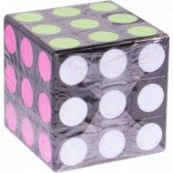 Игрушка кубик-рубика.