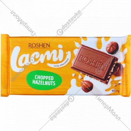 Шоколад молочный «Lachmi» с дробленым лесным орехом, 90 г.