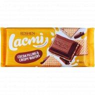 Шоколад молочный «Lacmi» с школадной начинкой и вафлей, 105 г.