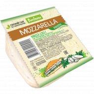 Сыр «Mozzarella Panini» базилик 45 %, 250 г.