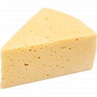 Сыр «Полесский» 30%, 1 кг., фасовка 0.35-0.45 кг