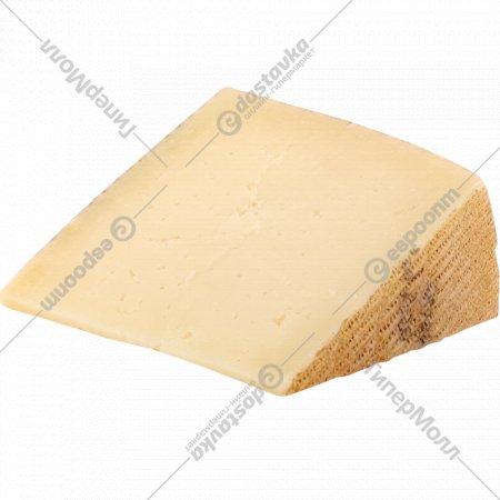 Овечий сыр «Manchego Semicurado» из пастеризованного молока, 1 кг., фасовка 0.1-0.2 кг