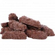 Вафли «С мягкой карамелью, арахисом и изюмом» 1 кг., фасовка 0.3-0.4 кг