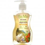 Антибактериальное гипоаллергенное жидкое мыло «BioMio» абрикос, 300 мл