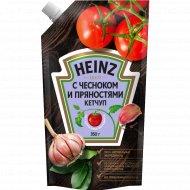 Кетчуп «Heinz» с чесноком и пряностями, 350 г.