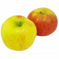 Яблоко «Янагоред» 1 кг., фасовка 0.6-0.8 кг