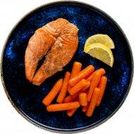 Стейк из семги на пару c мини- морковью замороженный 100 г.