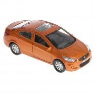 Машина «Hyundai Solaris».