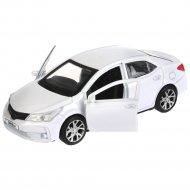 Машина «Toyota Corolla».