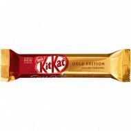 Белый шоколад «Kit Kat Senses» Gold Edition Deluxe caramel, 40 г.