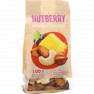 Смесь «Nutberry» орехи и фрукты, 100 г.