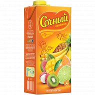 Сокосодержащий напиток «Сочный витамин» мультифрукт, 1.95 л