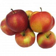 Яблоко свежее «Гала» 1 кг., фасовка 0.6-1.2 кг