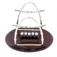 Декоративный маятник «Шары Ньютона».
