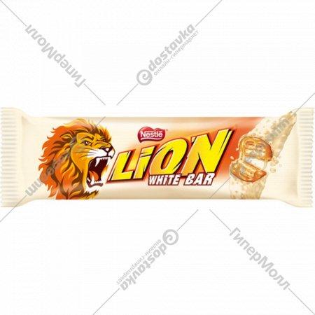 Вафельный батончик «Lion» с карамелью и хлопьями, 42 г.