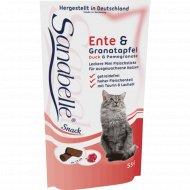 Лакомство для кошек «Bosch» Sanabelle Snack утка и гранат, 55 г.
