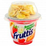 Продукт йогуртный «Fruttis» клубника-земляника 2,5 %, 165+15 г.