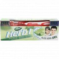Зубная паста «Dabur» травяная Алоэ-Вера гель + зубная щетка, 150 г.