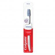 Зубная щетка «Colgate» безопасное отбеливание.
