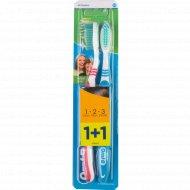 Зубная щетка «Оral-B» 3 в 1, 2 шт.