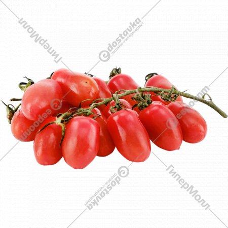 Томаты на ветке, красные, 1 кг., фасовка 0.6-0.7 кг