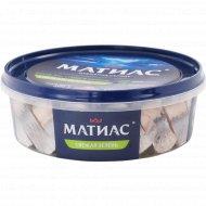 Сельдь слабосоленая «Матиас» свежая зелень в масле, 500 г