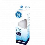 Светодиодная лампа «General Electric» 5.5W B35 827 E27 220-240V 2700k.