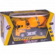 Игрушка «Машинка» на радиоуправлении.